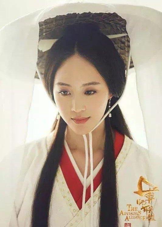 景甜赵丽颖杨颖杨幂戴斗笠的古装女明星,谁最美?