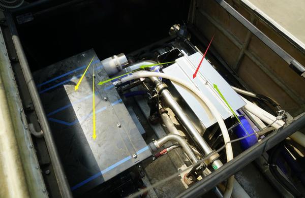 宋楠:比亚迪K9全铝电动大巴制造全揭秘 列宁格勒保卫者 2017-04-18 13:24:16 文/电动GO网主编宋楠   《宋楠:比亚迪K9全铝电动大巴制造全揭秘》一文,为笔者从2012年-2017年跟踪比亚迪K系列电动大巴多款改型、T系列和J系列电动卡车、以及轮边驱动桥特种应用状态撰写而成。电动GO网原创稿件,首发汽车之家说客。  2009年,比亚迪收购美的客车获得制造商用车资质;2010年首台电动大巴K9于长沙基地下线;2011年K9电动大巴通过国家公告并在长沙、深圳运营;2012年比亚迪天津公