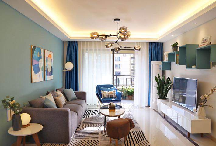 67 17款小户型客厅装修效果图图片