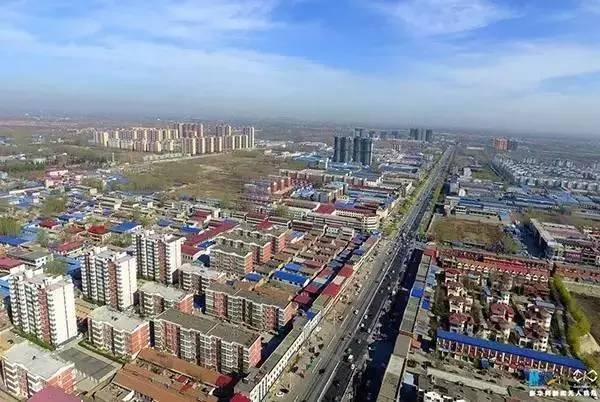 新华网无人机队航拍河北省雄县。