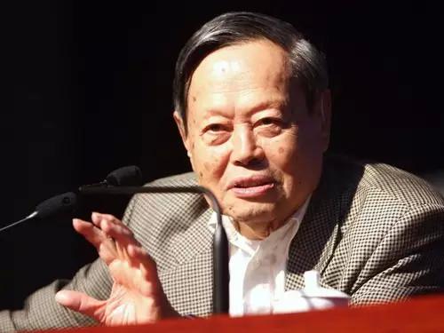 杨振宁先生已近95岁高龄