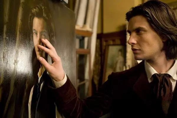 道林&ull格雷是王尔德的道林&ull格雷的画像中的男主角&quot