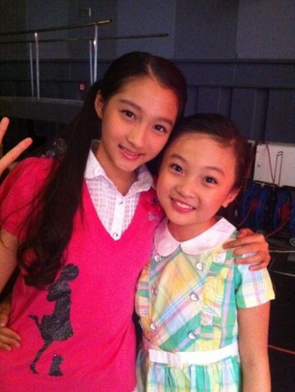 林妙可一举成为童星中最耀眼的, 但国民闺女关晓彤去年考北京电影
