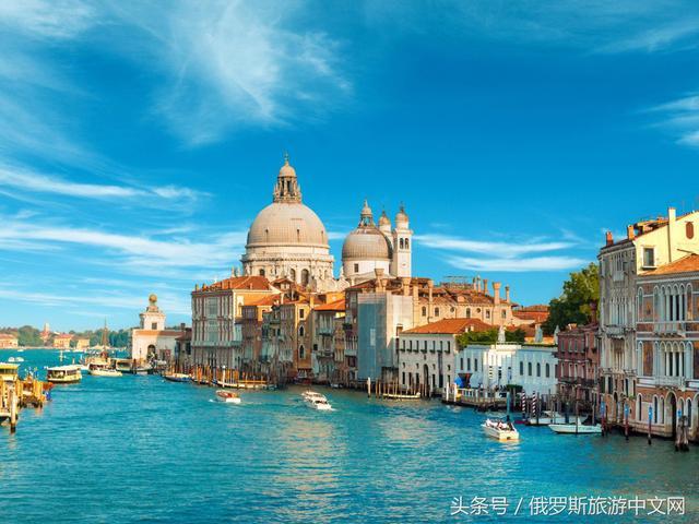 其中有一个城市的桥比威尼斯多5倍,有一个城市的海岸线是威尼斯的9倍