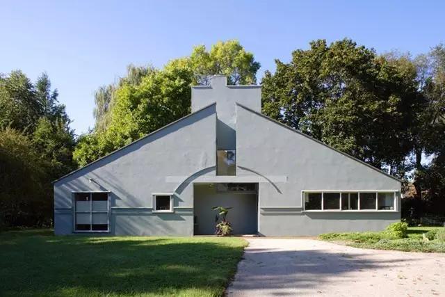 母亲的家(Vanna Venturi House, Philadelphia, Pennsylvania, 1963)
