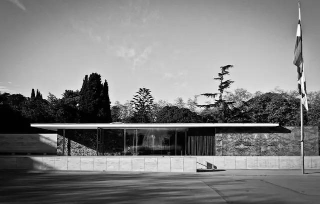 German Pavilion, Barcelona, Mies van der Rohe, 1929