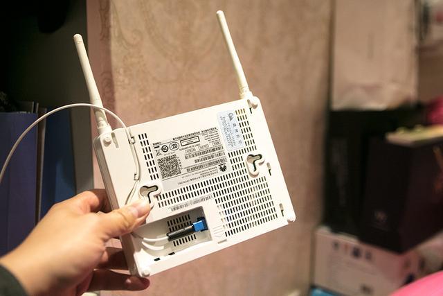 你家的网络安全吗?妙用华硕RT-AC66U B1给网络加把锁